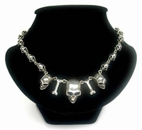 Necklace Skull 01
