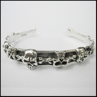 Little Skull Bangle