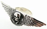 3 vinger ring Vleugels met Skull