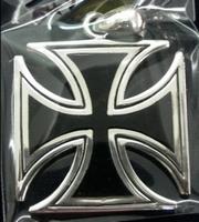 Hanger Iron Cross Black
