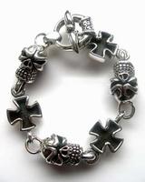 Iron Crosses + Skulls armband zilver